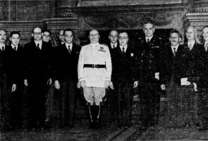 Benito Mussolini con la consulta slovena in visita a Roma, 8 giugno 1941
