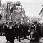Livno, folla con bandiere alla cerimonia