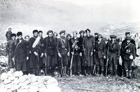 Banda četnica al fianco degli italiani